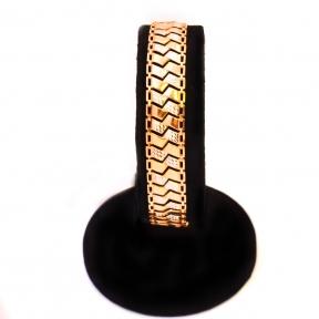 Золотой браслет со вставками из белого золота